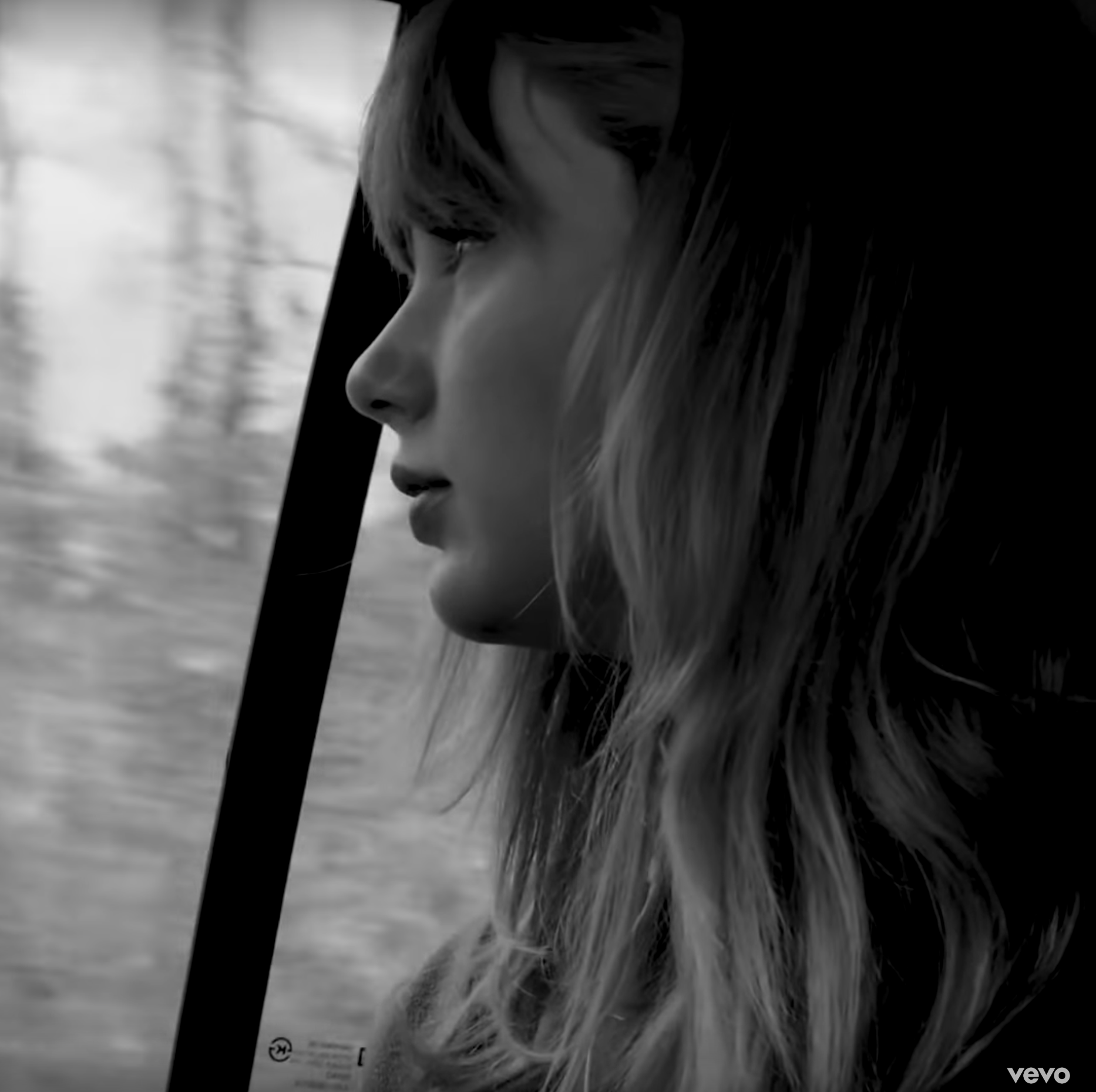 "Taylor Swift's ""Christmas Tree Farm"" Lyrics Are Personal"