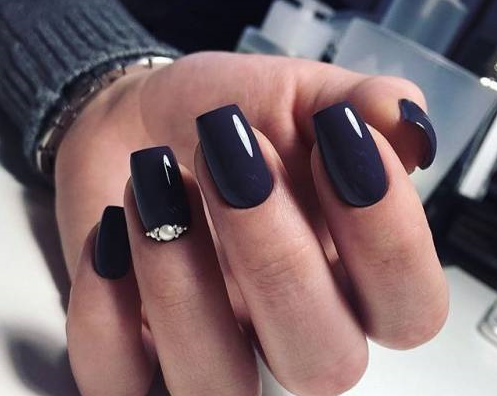 #black gothic nail art with #rhinestone | designs and ideas for DIY |  coffin | easy and simple for beginners | gel polish | acrylic - Black Gothic Nail Art With #rhinestone Designs And Ideas For DIY