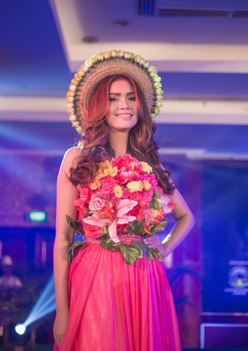 Increíble Vestido De Novia Camboyano Ornamento - Ideas de Vestidos ...