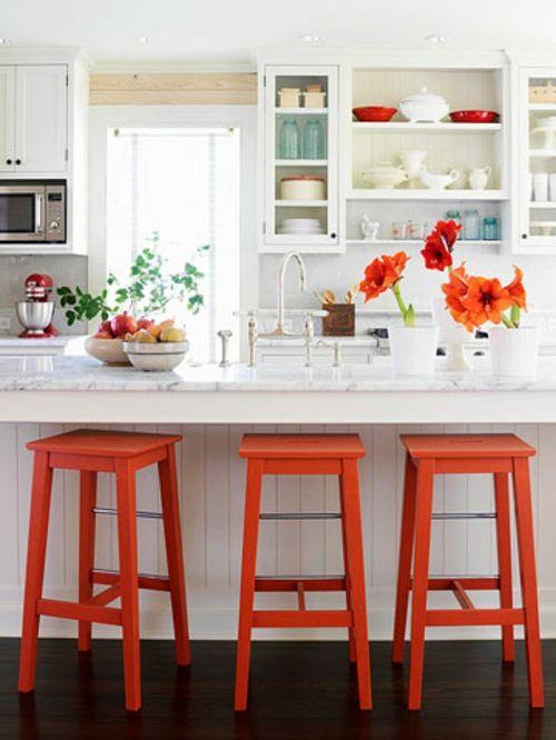 Kücheninsel Mit Sitzplätzen Idee Orange Holz Barstühle