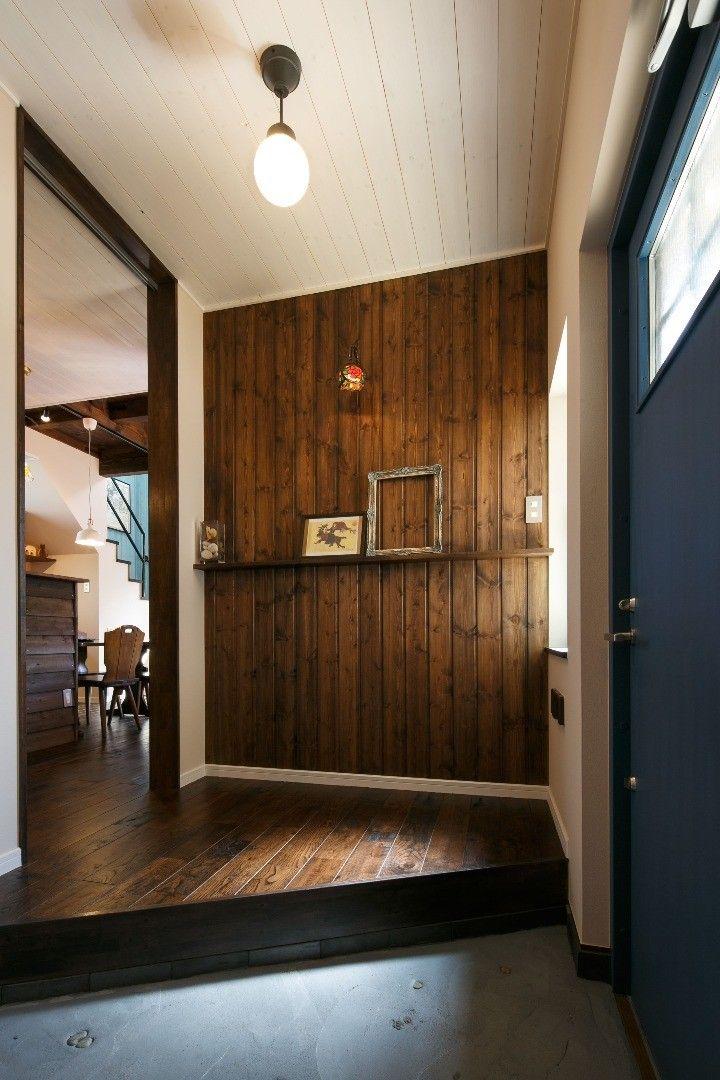 アンティークな北欧カントリースタイル 玄関 インテリア 一軒家 玄関 リフォーム 玄関ホール デザイン