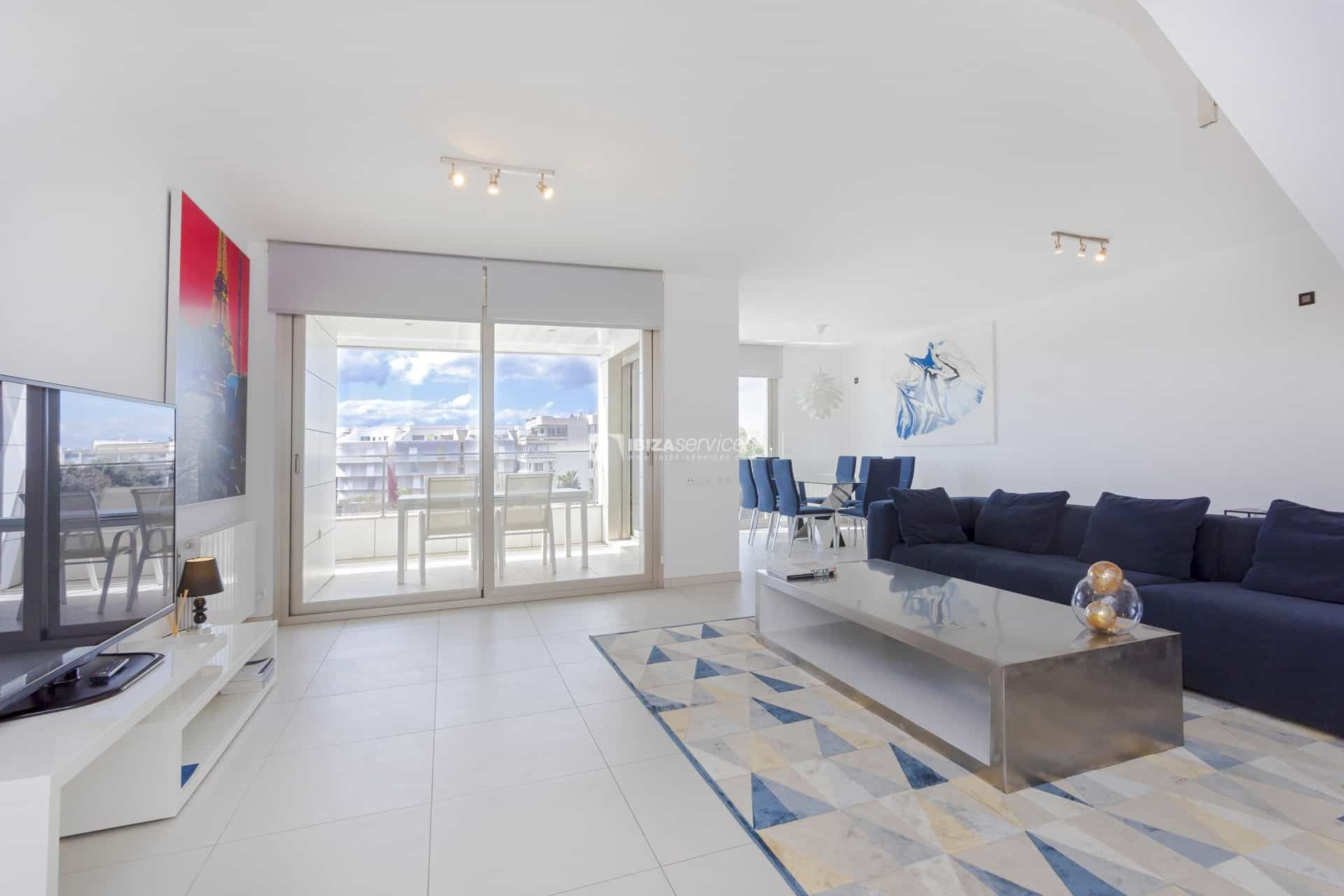 Alquiler A Largo Plazo Atico De 4 Dormitorios Ibiza Botafoch En 2020 Dormitorios Alquiler Apartamentos