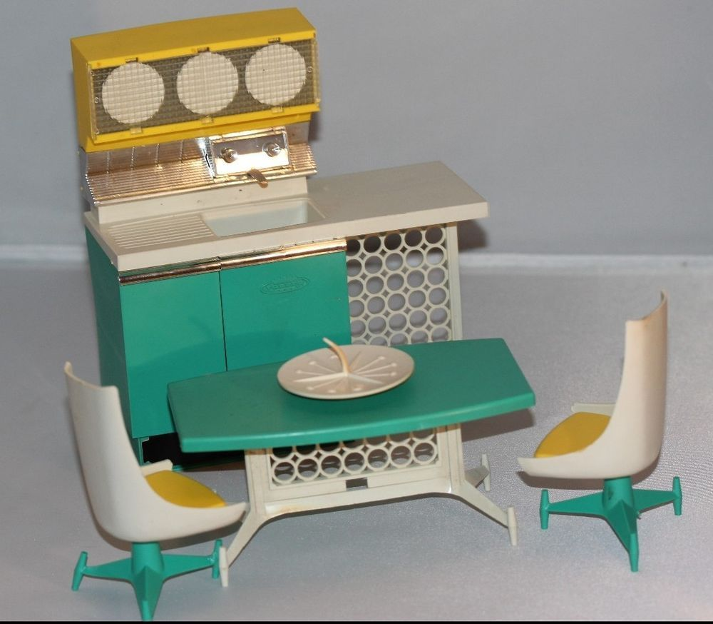 Penny Brite Kitchen Sink, Table and Chairs by Deluxe Reading (Topper ...
