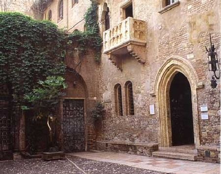 "Juliet's house from Shakespeare's romance ""Romeo and Juliet"" at Verona (Italy)"