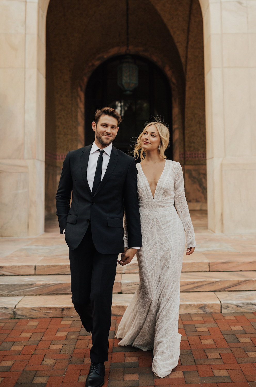 Wtoo By Watters Summer Gown Courthouse Wedding Dress Dream Wedding Dresses Summer Gowns [ 1498 x 992 Pixel ]