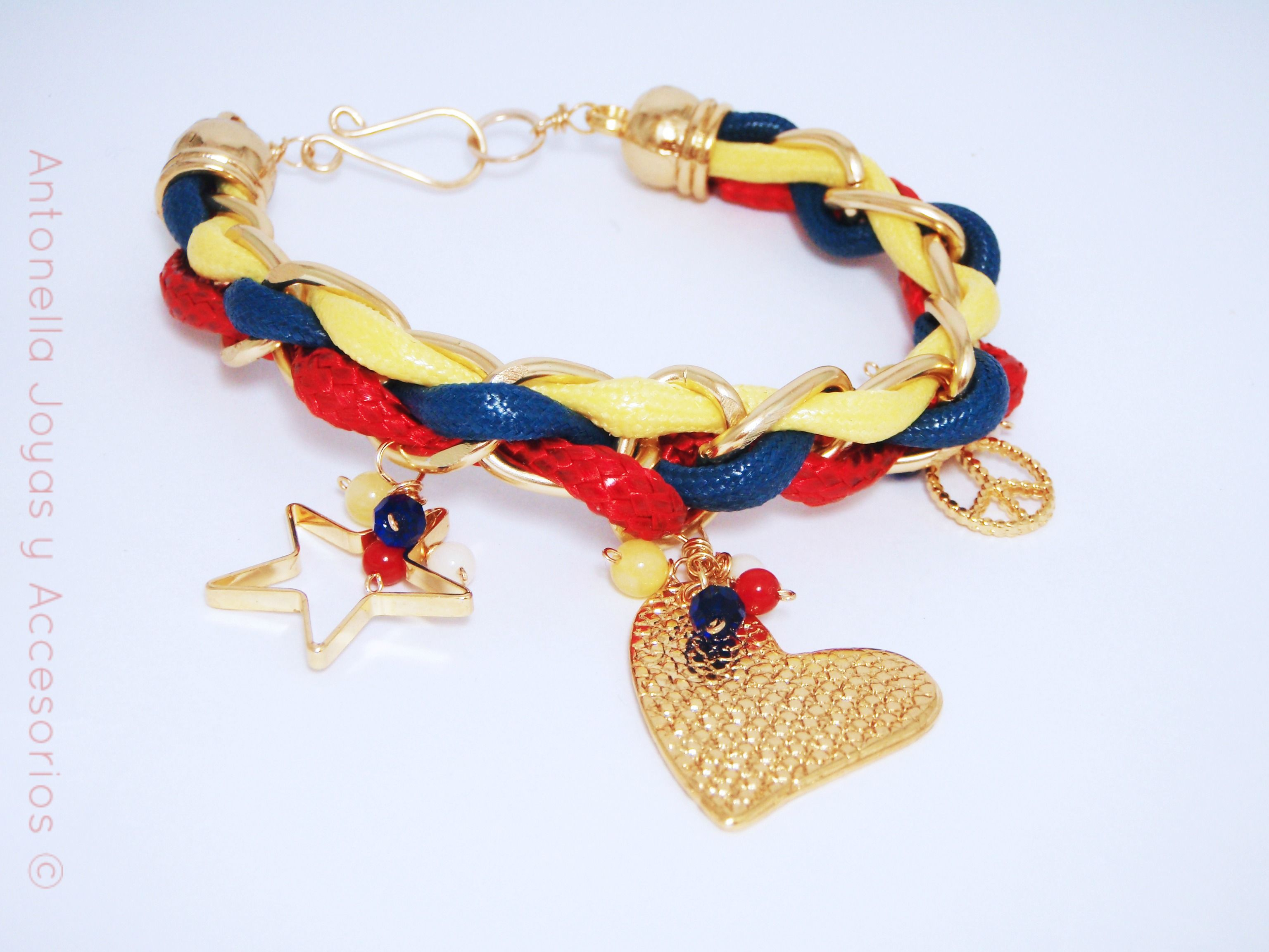 4160b296c1b3 Código pul-0005 Pulsera inspirada en los colores de la bandera de Venezuela.   bracelets  venezuela