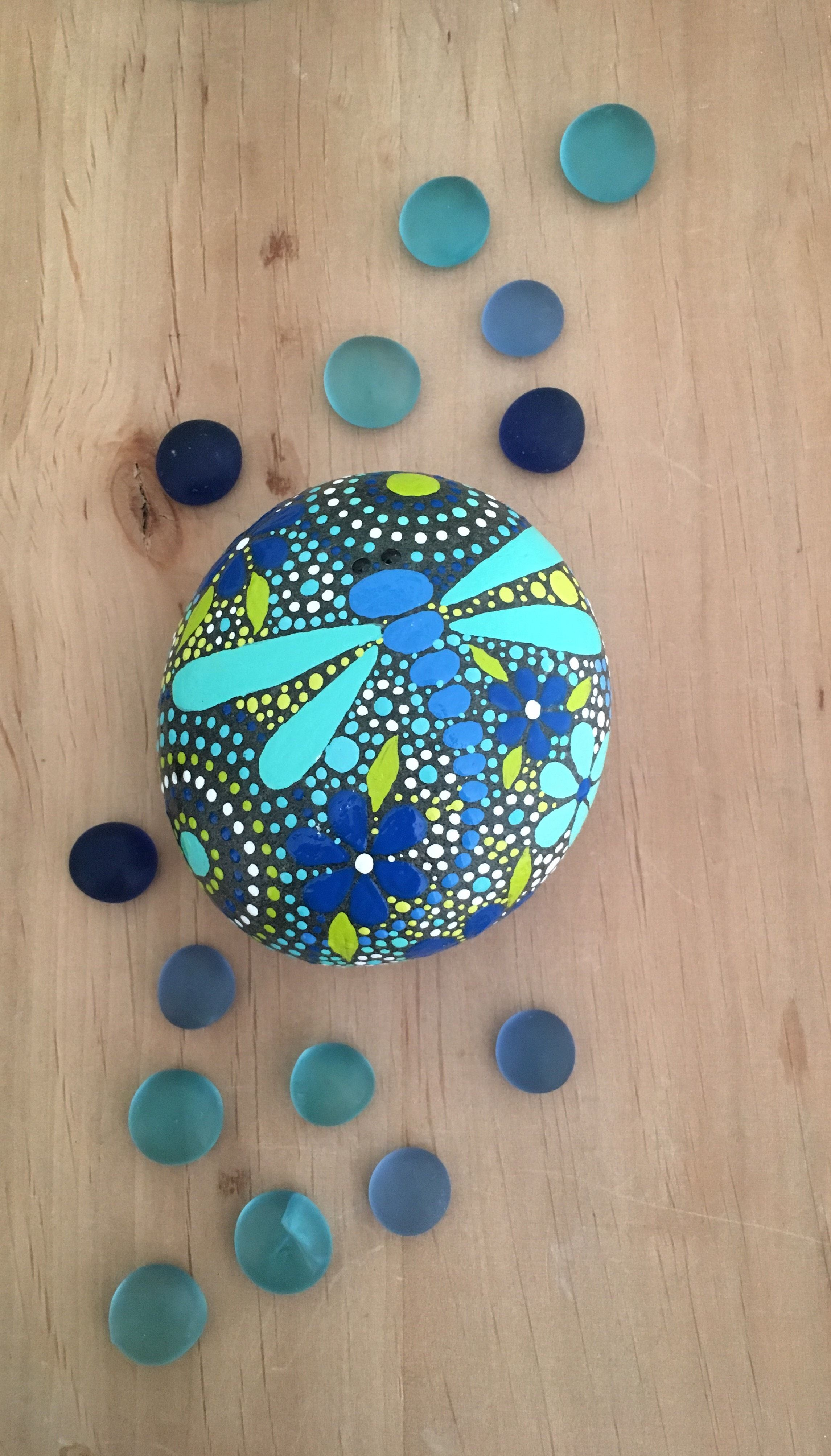 Dragonfly arts and crafts - Rock Art Dragonfly Design Dragonfly Art Hand Painted Rocks Painted Stone