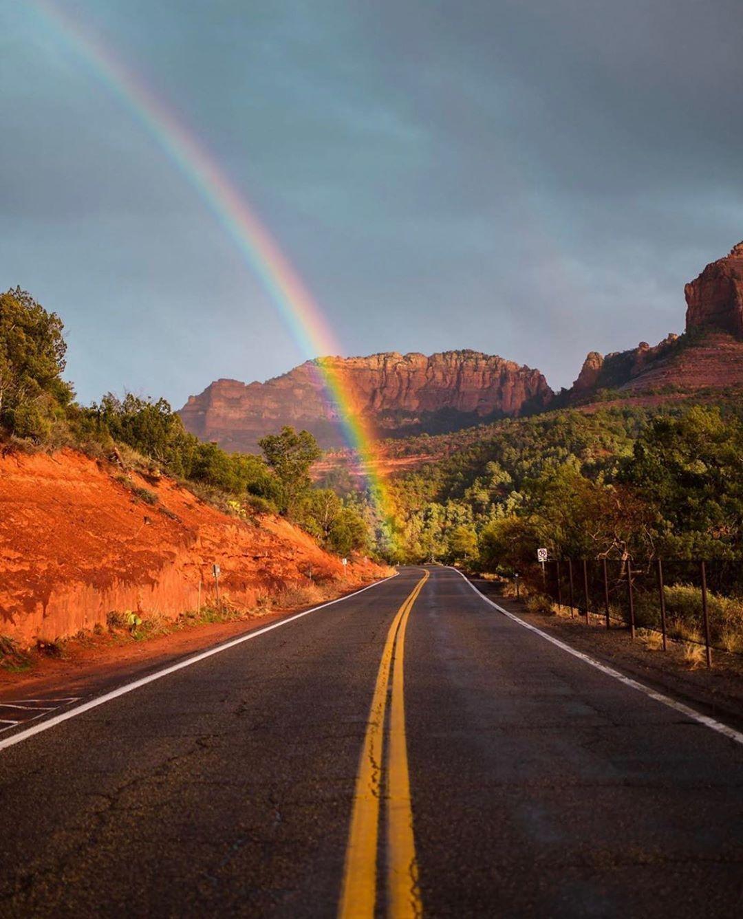 Incredible capture from Sedona, Arizona! 😍🌈 ↠ Use
