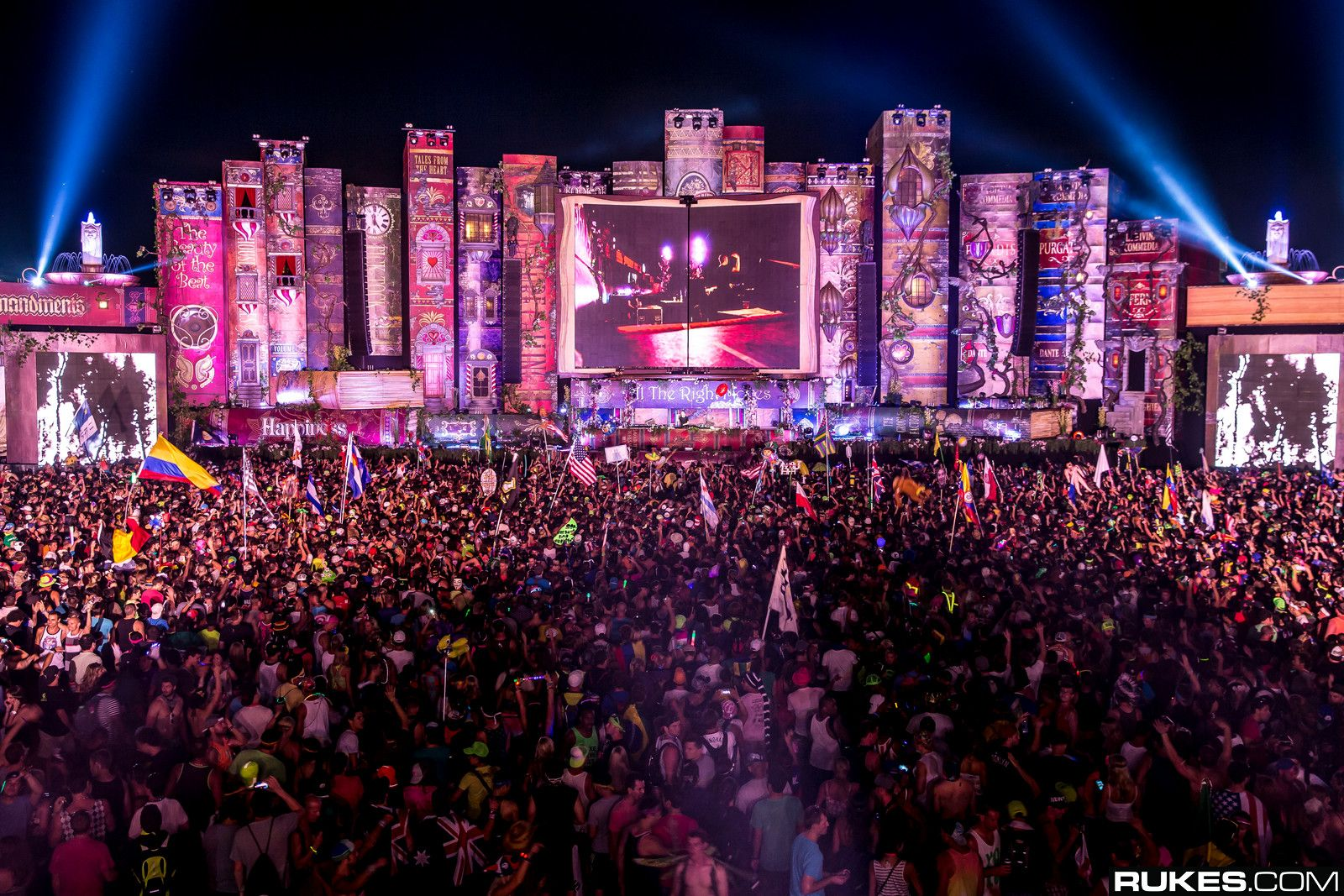 #TomorrowWorld