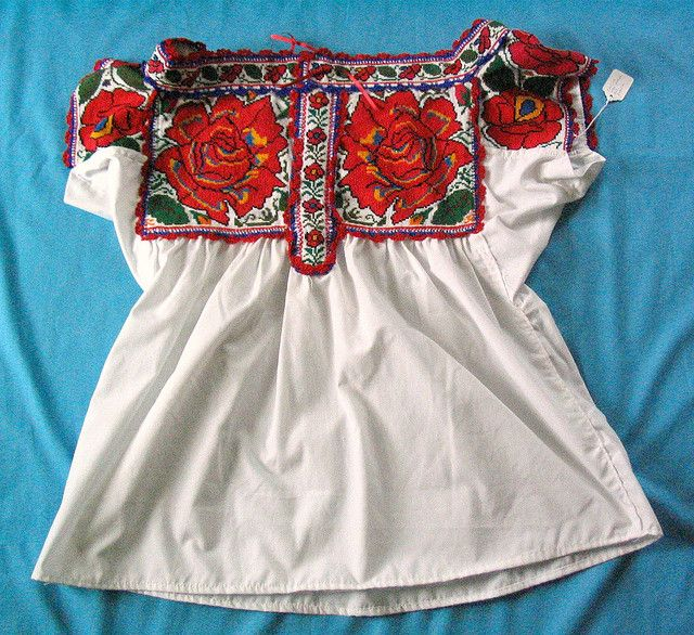 Chatino blouse with roses | SPRING & SUMMER OUTFITS | Pinterest