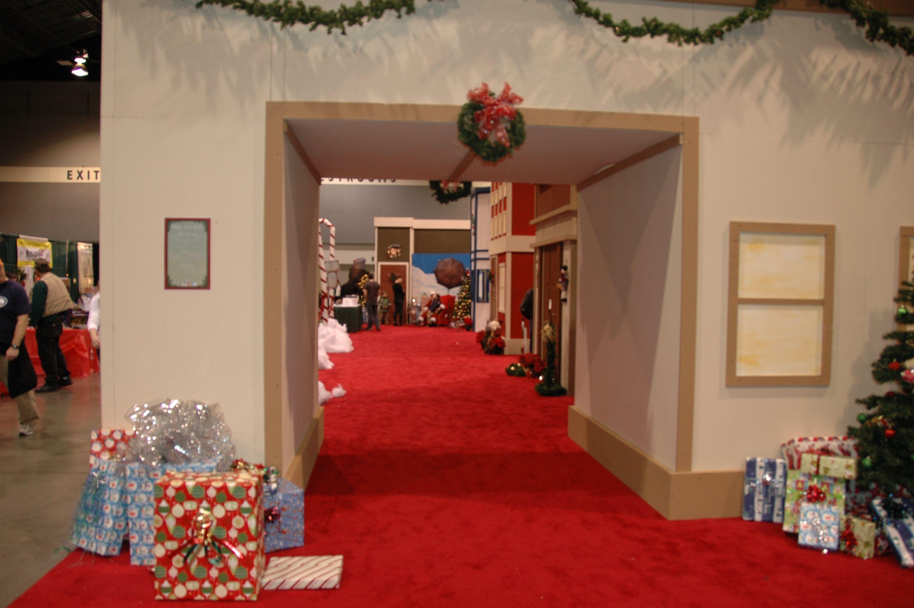 come check out santas village at americas largest christmas bazaar - Americas Largest Christmas Bazaar