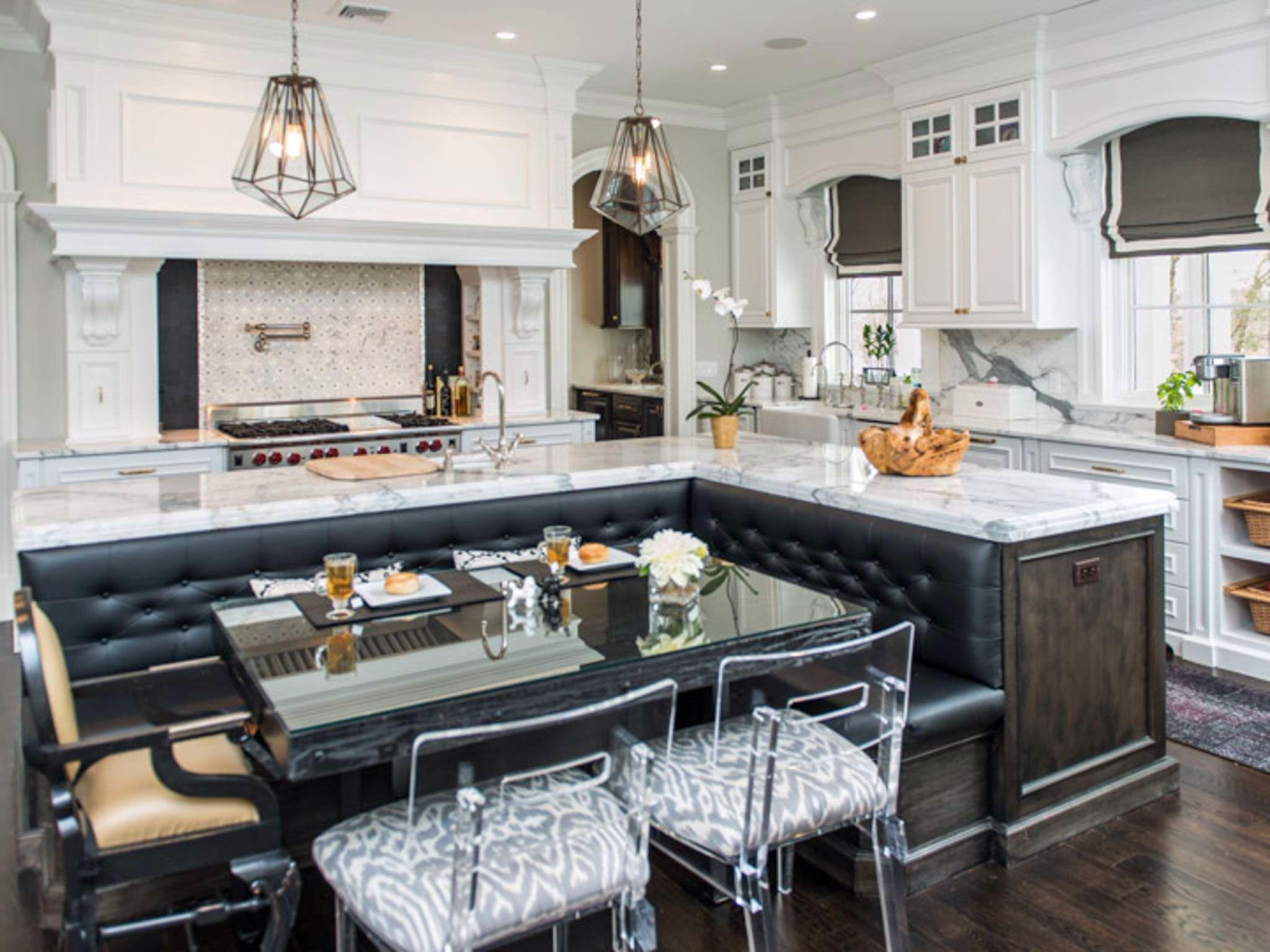 Glamor kitchen  Kitchen seating, Kitchen island with bench