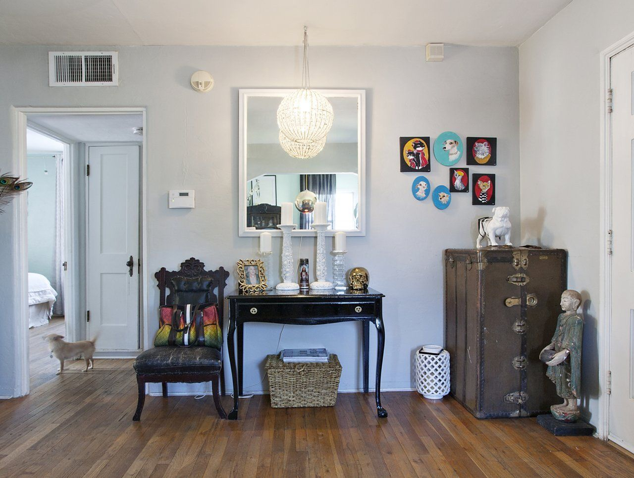 Liz and John's 1926 Sears Craftsman in Phoenix | Trunk Placement