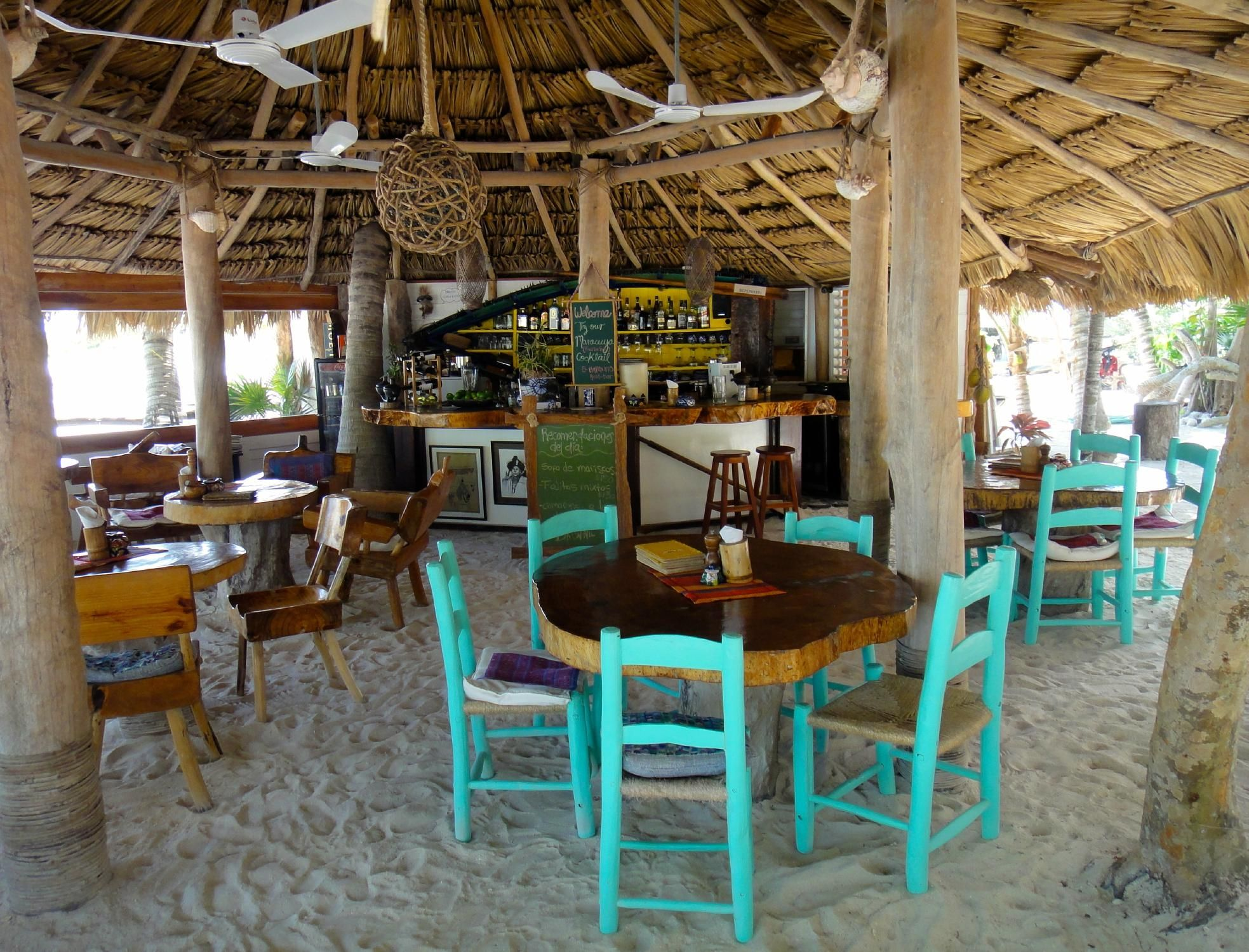 Barquito Mawimbi Beach Bar & Restaurant, Holbox Island
