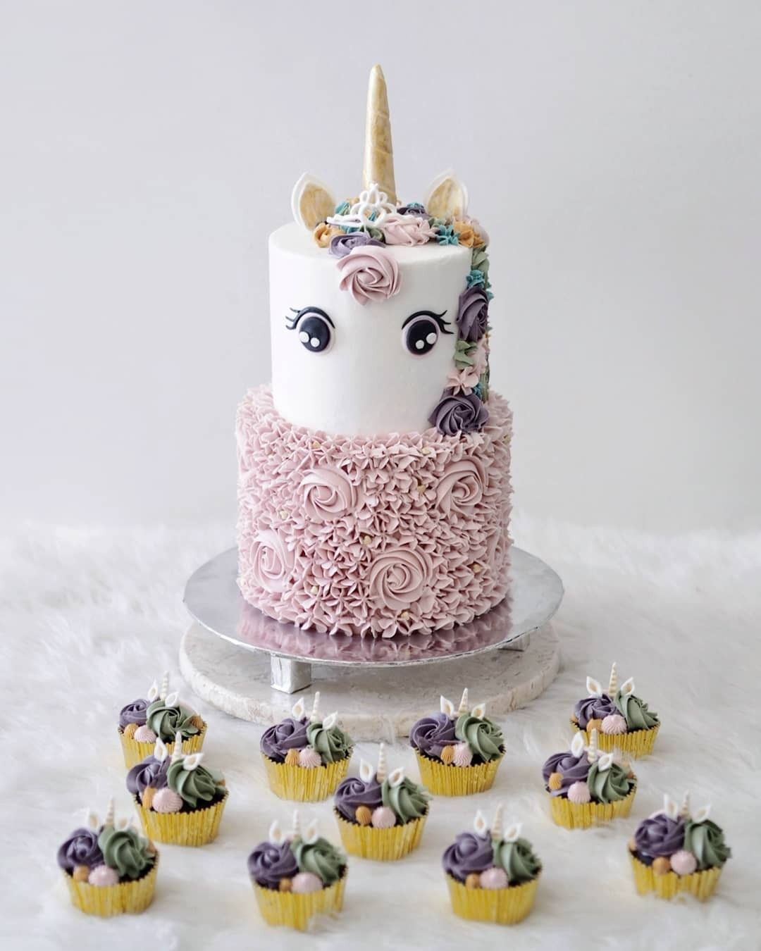 2 Tier Unicorn Cake With Cupcakes With Images Unicorn Birthday