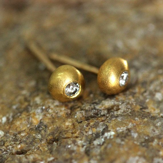 Tiny Gold Stud Earrings With Diamonds Pure 24k
