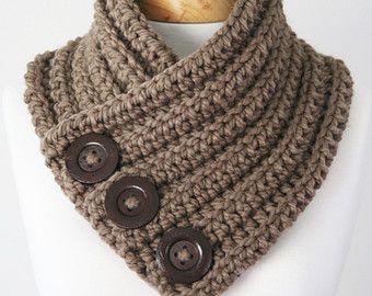 Chunky maglia sciarpa sciarpa di pulsante collo di ANINAhandmade #mensscarves