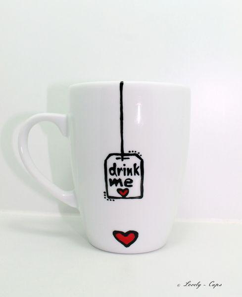 tee tasse drink me tasse mit herz bemalte tasse von lovely cups auf aaaww. Black Bedroom Furniture Sets. Home Design Ideas