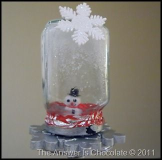Epsom salt & snowman in a jar. Awesomeness from Carol @ The Answer is Chocolate.