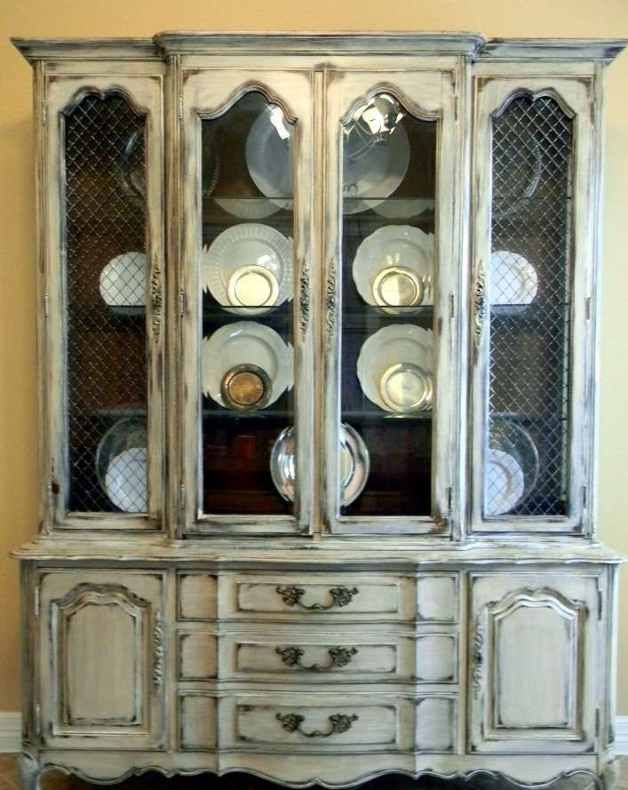 Bon Oooh, Another Cabinet Like Mine. More Distressed And Dark On The Inside.  How Would My Grandmothers Blue Willow Ware Look In This?