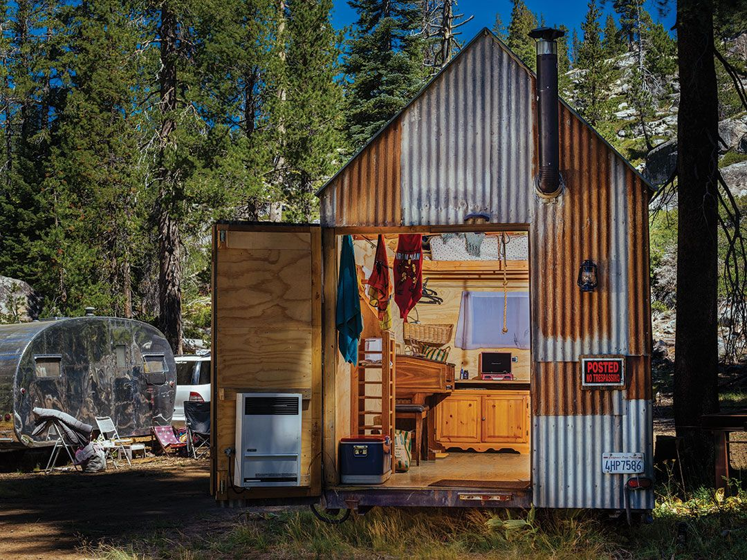 Tiny house listings house plan 2017 for 4 bedroom tiny house on wheels