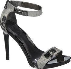 Nice classy camo sandal pump!