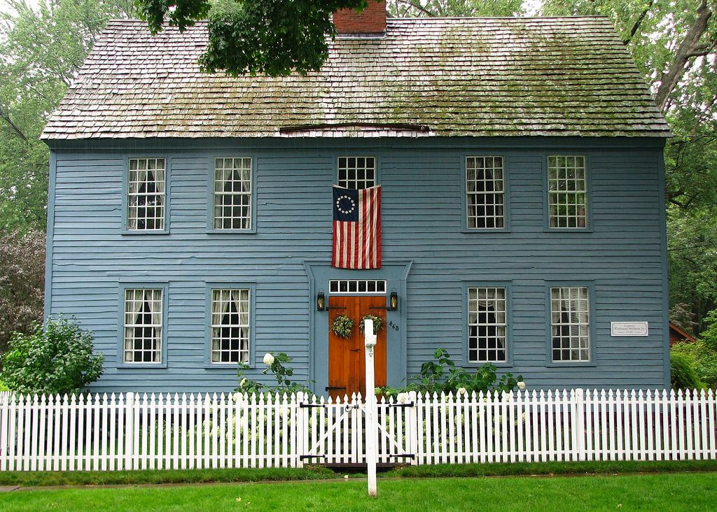 Thefullerview Colonial House Exteriors Colonial Exterior American Houses
