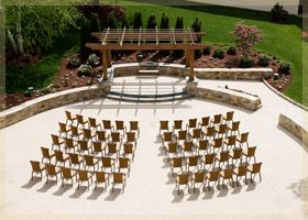 Small Outdoor Courtyard Ceremony