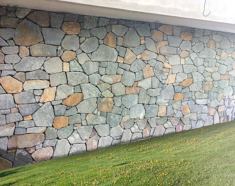 Atherton Crazy Paving Sizes Vary From 200 X 200mm To 400 X 200mm Thickness Available In 20 40mm And 50 70 Natural Stone Cladding Sandstone Wall Stone Cladding