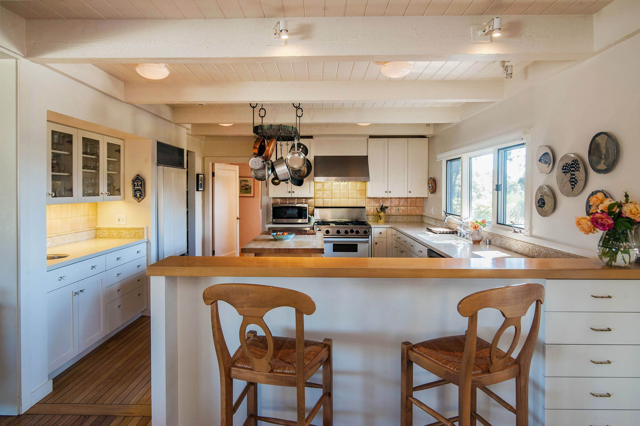 Kitchen with breakfast bar Home, Breakfast bar kitchen