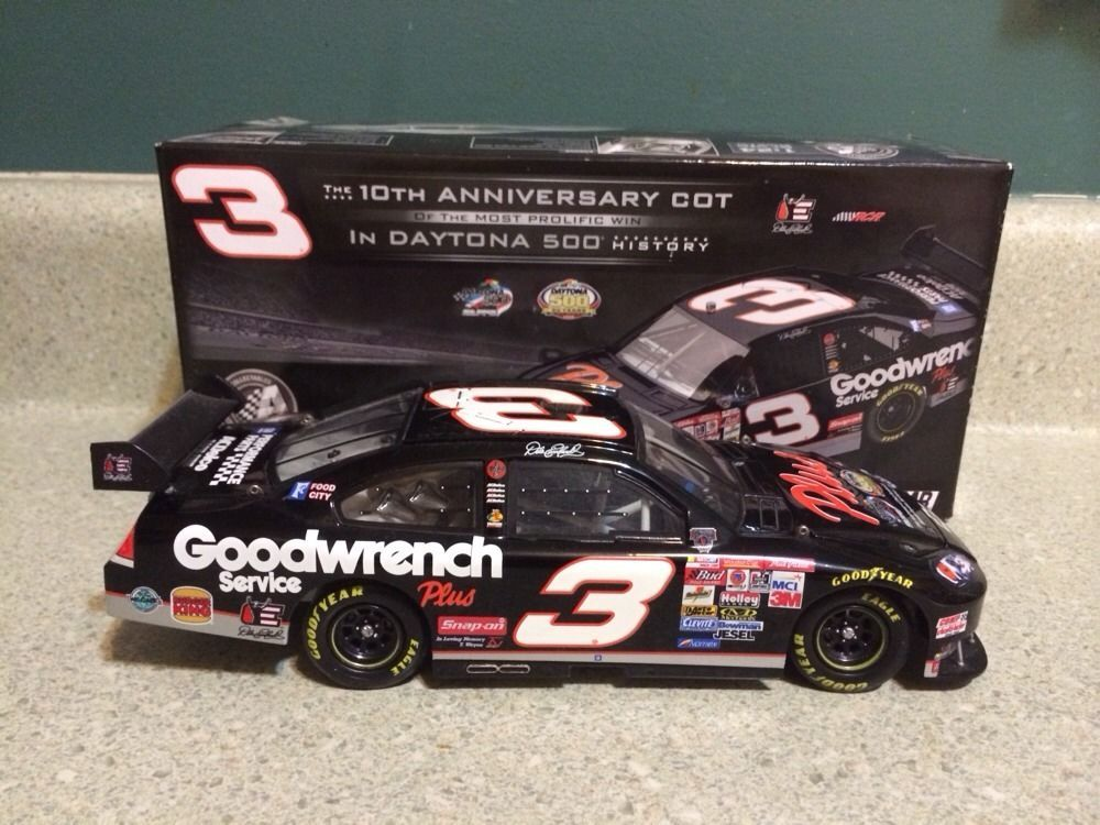 Action 10th Anniversary Dale Earnhardt 1 24 Scale Car Nascar
