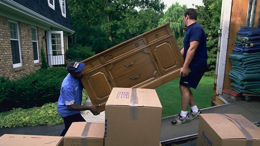 Why I need to Locate Some Junk Pick Up Services Near Me Home
