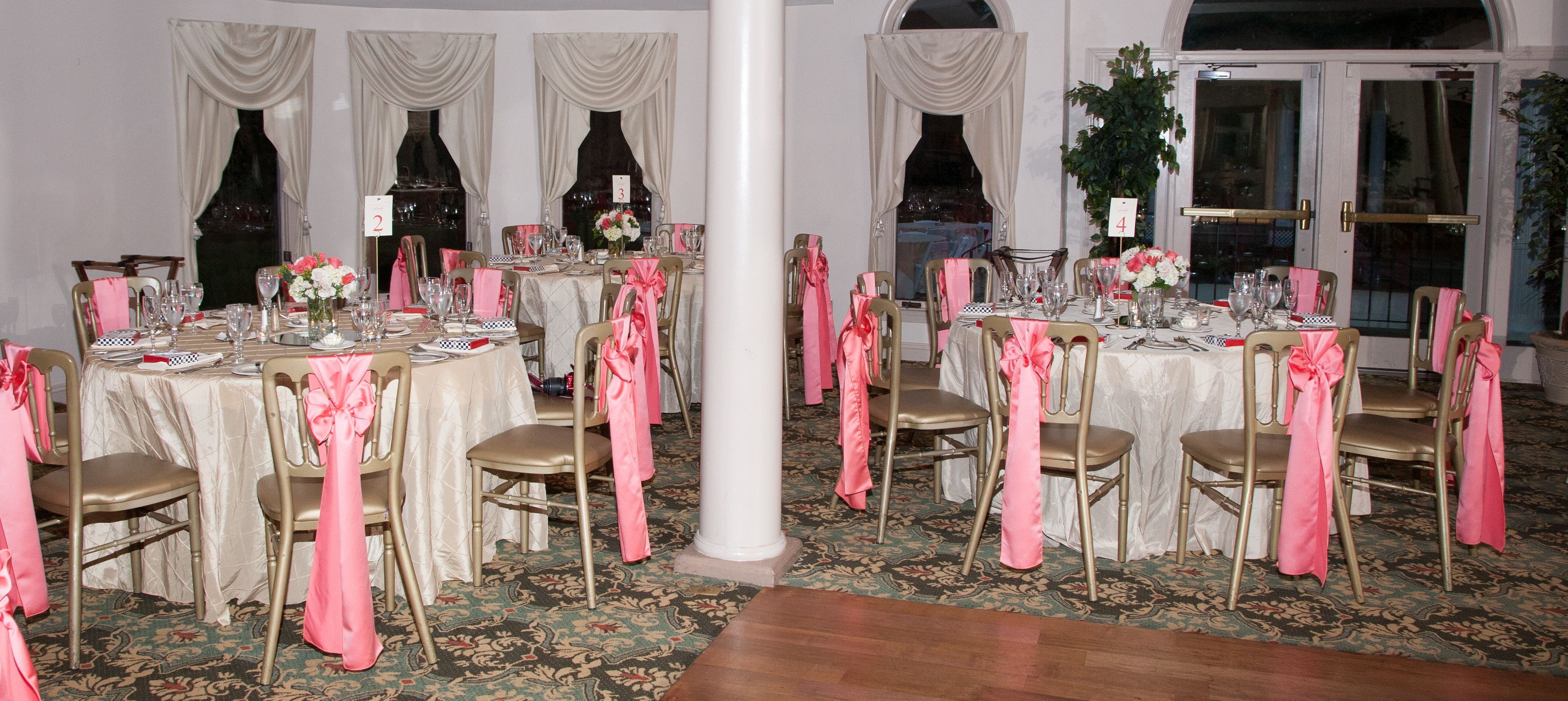 Champagne Pintuck Linens With C Chair Sashes Clark Photography