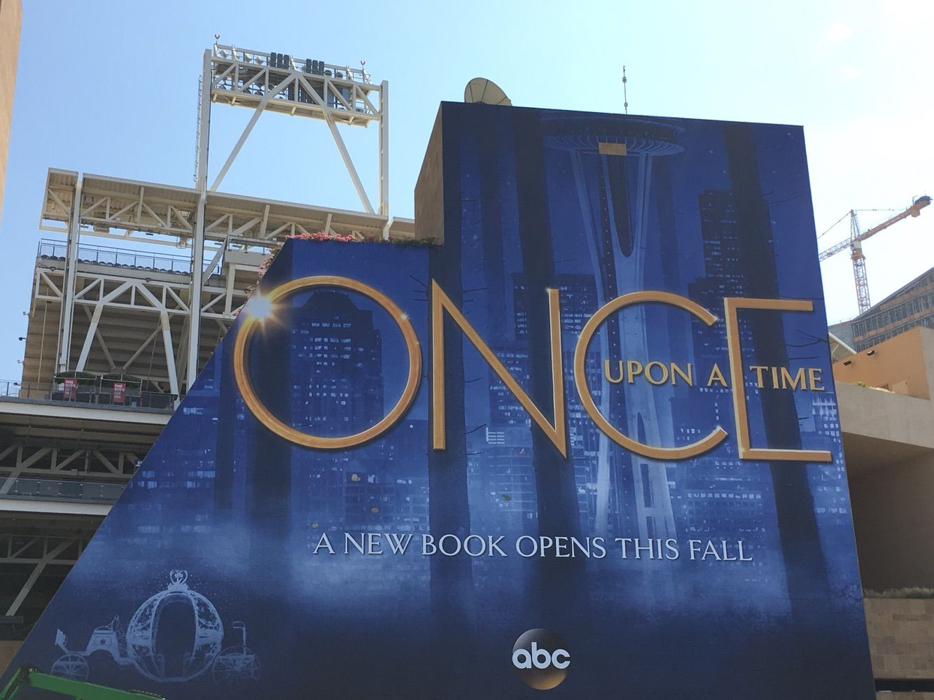 Petco Park Gets Wrapped Up In San Diego Comic Con 2017 Update San Diego Comic Con Once Upon A Time Petco Park