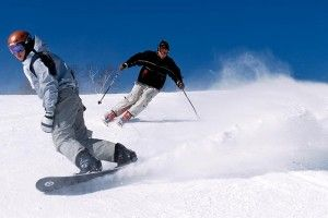 How To Choose The Best Walkie Talkie For Skiing And Snowboarding