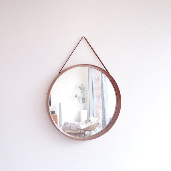 Vintage runder Spiegel 50er60er Jahre Teakholz  LefFlair on Etsy  Runde spiegel Spiegel und