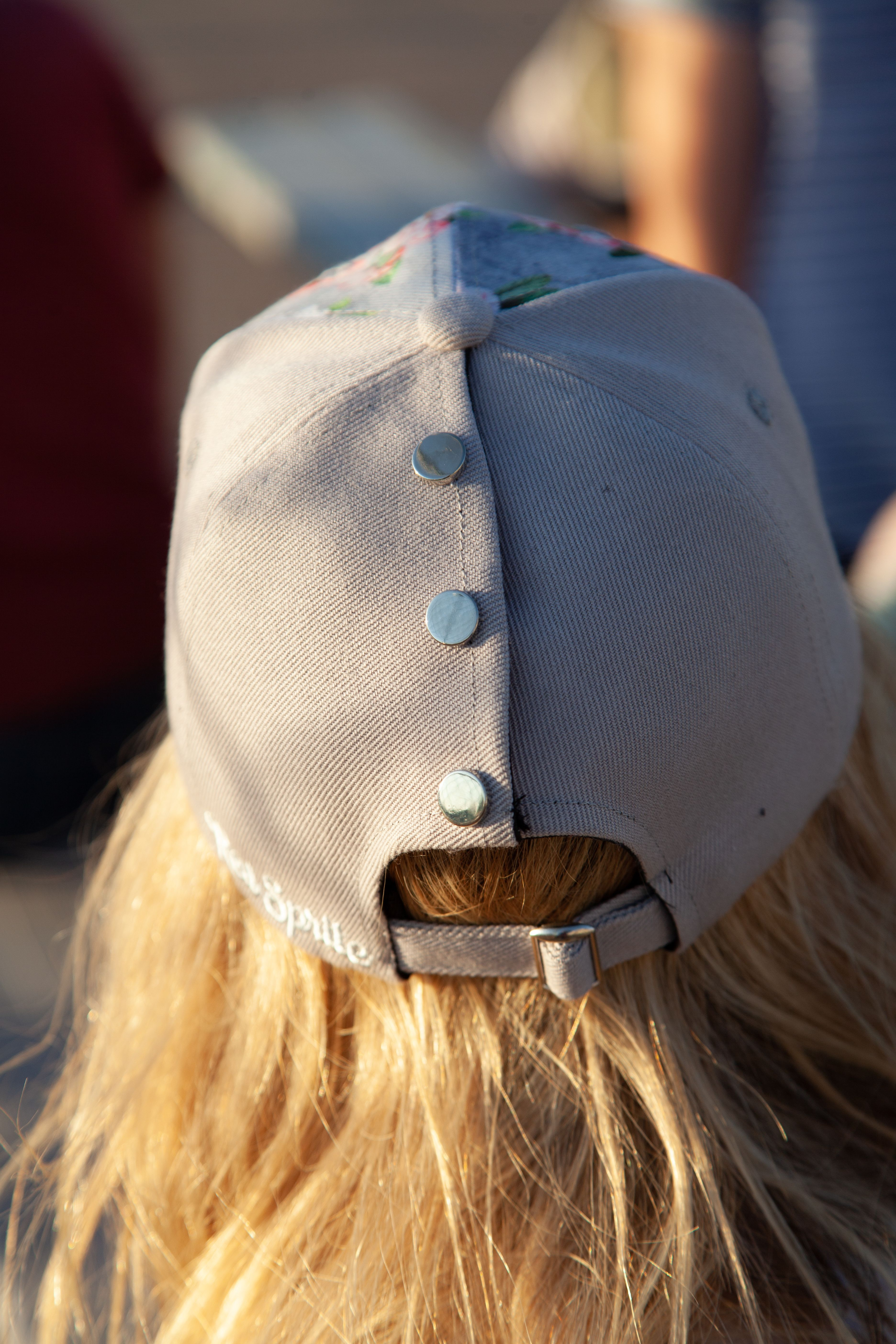 Ponytail Hat With Snaps Hat Hairstyles Ponytail Hat Hair Up Or Down