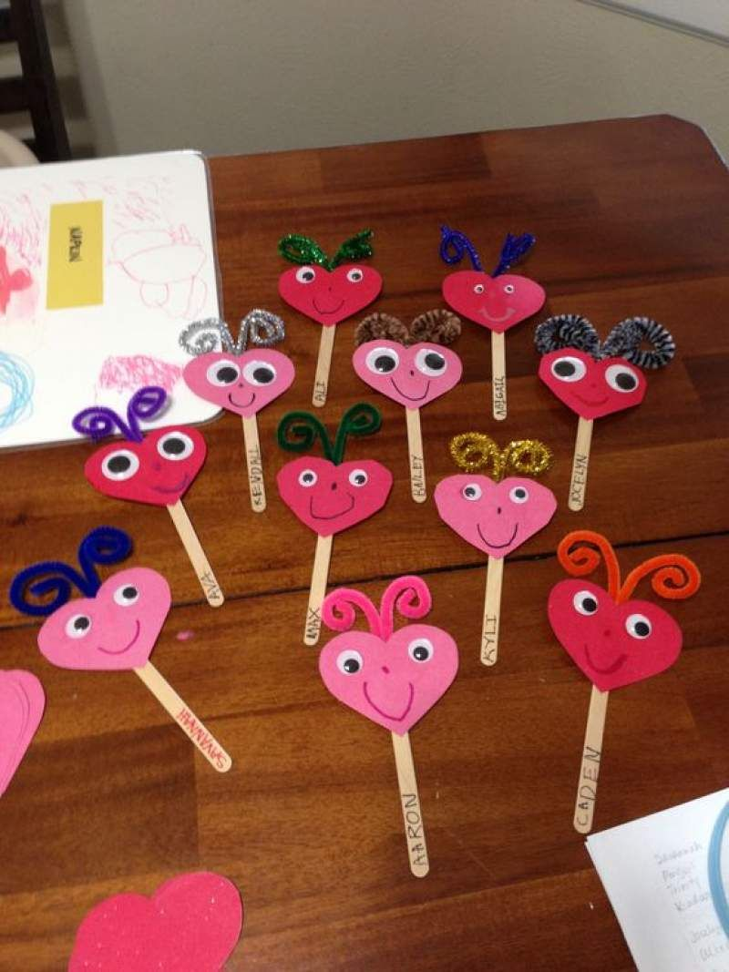 Valentine's Day Crafts for Kids, Toddlers & Pre-Schoolers -   21 valentines crafts for kids