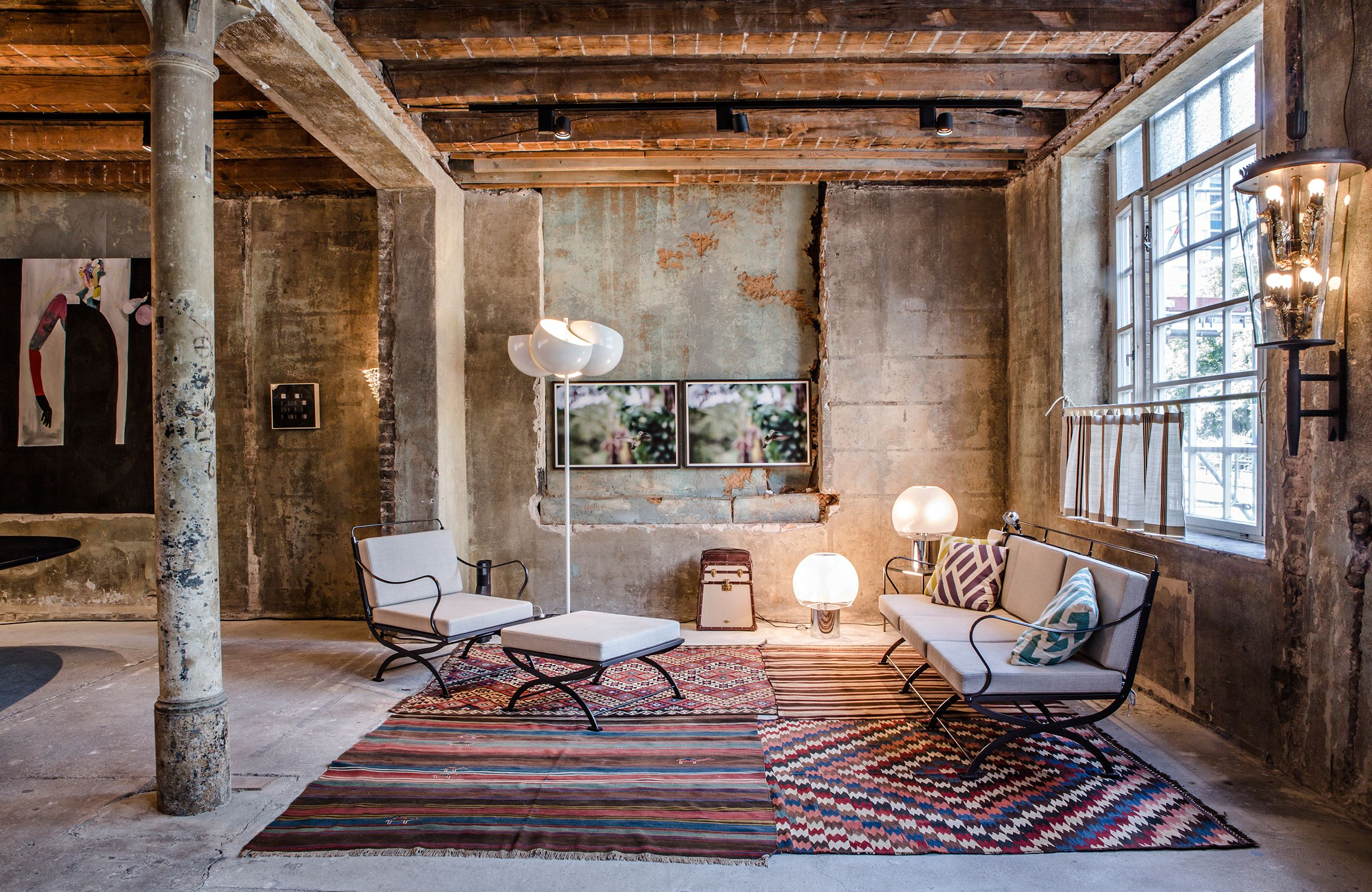 Between Time: A Pop-up Furniture Showcase in Berlin | Yatzer