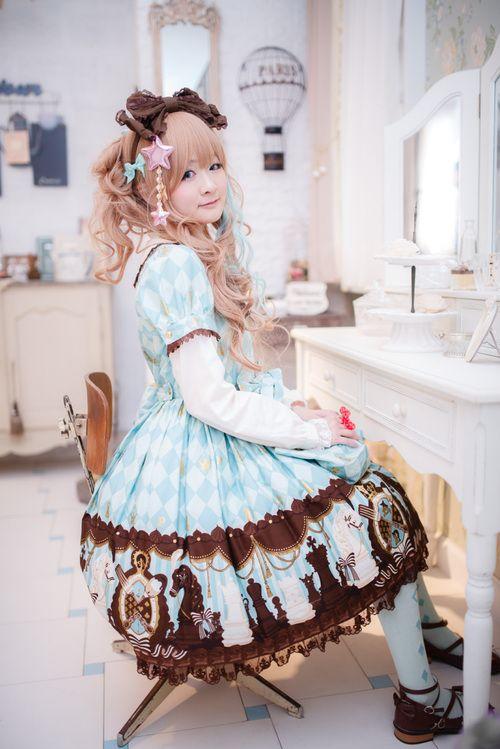 Sweet Lolita in Chess Chocolate
