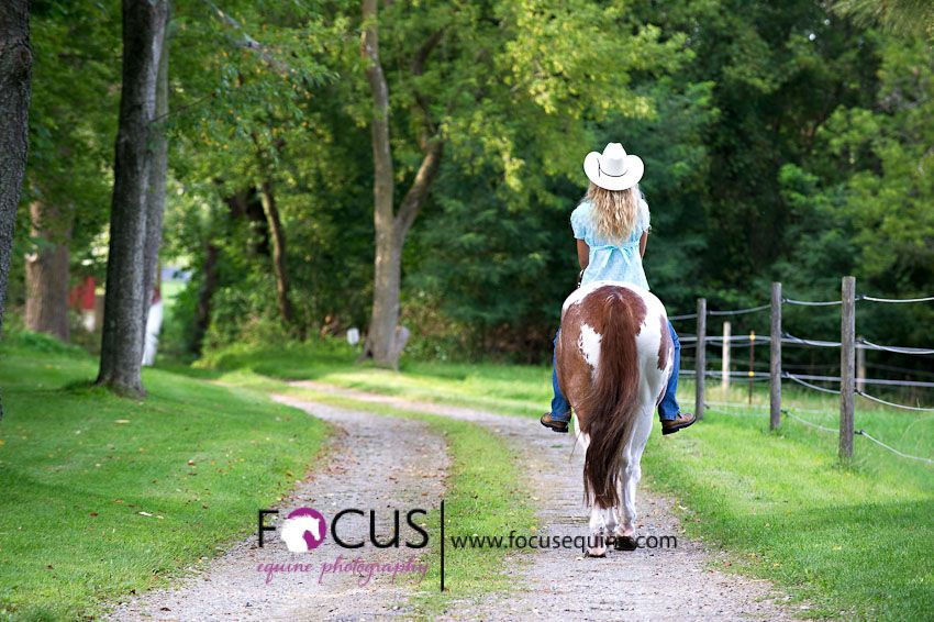 Shelby and Mister – Senior Portrait Session » Focus Equine Photography Blog