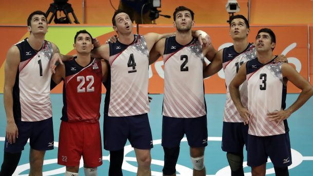 Usa Men S Volleyball Thumps Mexico 3 0 Moves Into Knockout Rounds 8 15 16