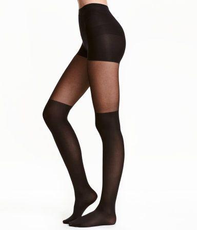 Katso! Sukkahousut, jotka näyttävät ylipolvensukilta. Joustovyötärö ja vahvike yläosassa. Muotoilevat vatsaa.  – Käy hm.comissa katsomassa lisää.