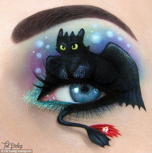 Make up artist creates fairytale inspired designs on her eyelids #makeupart