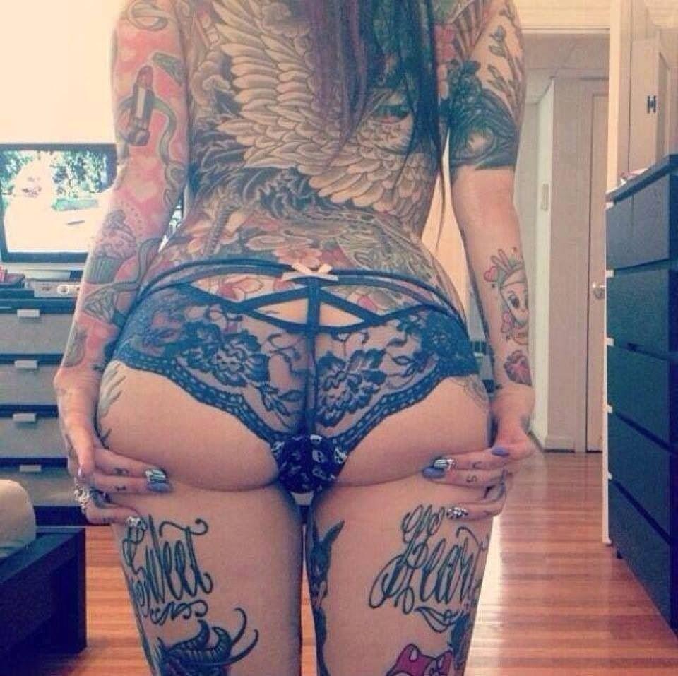 Thigh Tatoos Girl Tumbler
