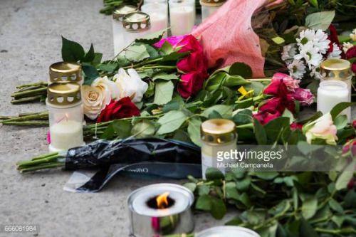 04-08 STOCKHOLM, SWEDEN - APRIL 08: Floral tributes are left at... #storefuglede: 04-08 STOCKHOLM, SWEDEN - APRIL 08: Floral… #storefuglede