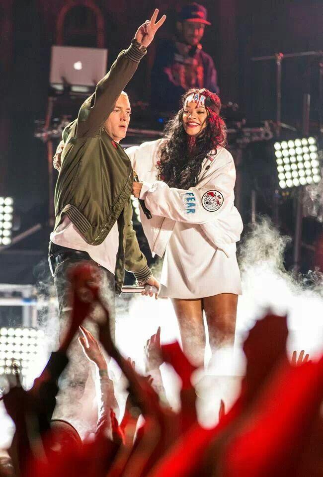 Eminem rihanna dating rumors