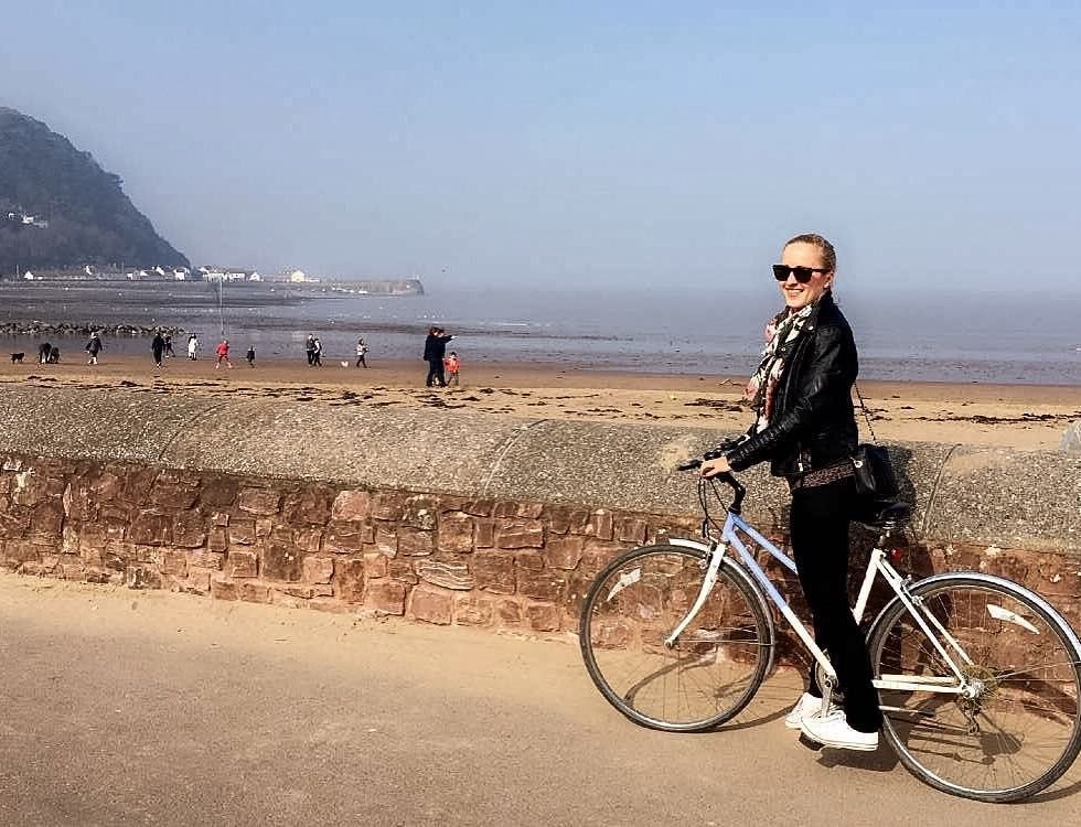 """sunny Sunday! Minehead #Minehead #polishgirl #polishgirlintheuk #polskadziewczyna #polka #weekend #Sunday #relax #bike #cycling #bike #sunnyday #sunnysunday #girlonbike #picoftheday #iphone6sphotography by mtomecka Follow """"DIY iPhone 6/ 6S Cases/ Covers/ Sleeves"""" board on @cutephonecases http://ift.tt/1OCqEuZ to see more ways to add text add #Photography #Photographer #Photo #Photos #Picture #Pictures #Camera #Only #Pic #Pics to #iPhone6S Case/ Cover/ Sleeve"""
