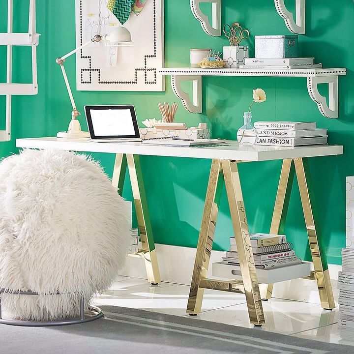 I want this office but maybe light pink walls or lighter green.