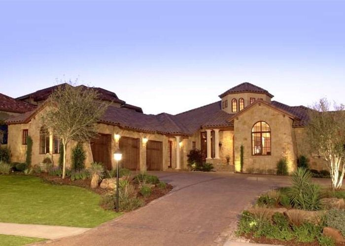 Special Tuscan Style Homes